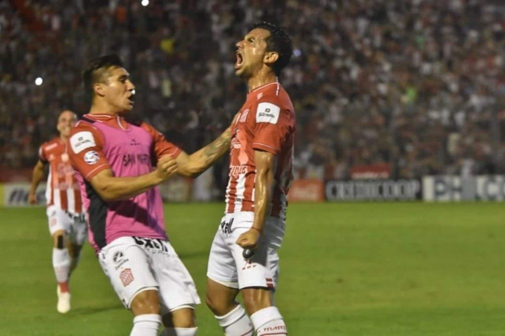 El ángulo perfecto: con dos golazos, San Martín derrotó a su homónimo sanjuanino