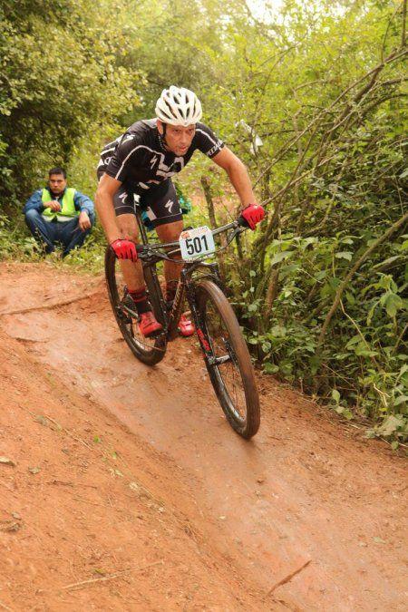 Franco Molina busca ser bicampeón tucumano de mountain bike