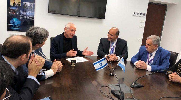 Manzur inició su última semana de gira manifestando su apoyo a las iniciativas de paz en Israel