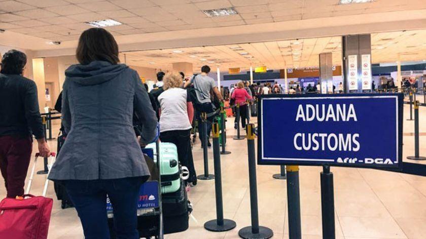 Personas que vuelvan del exterior podrán ingresar productos de hasta USD 500