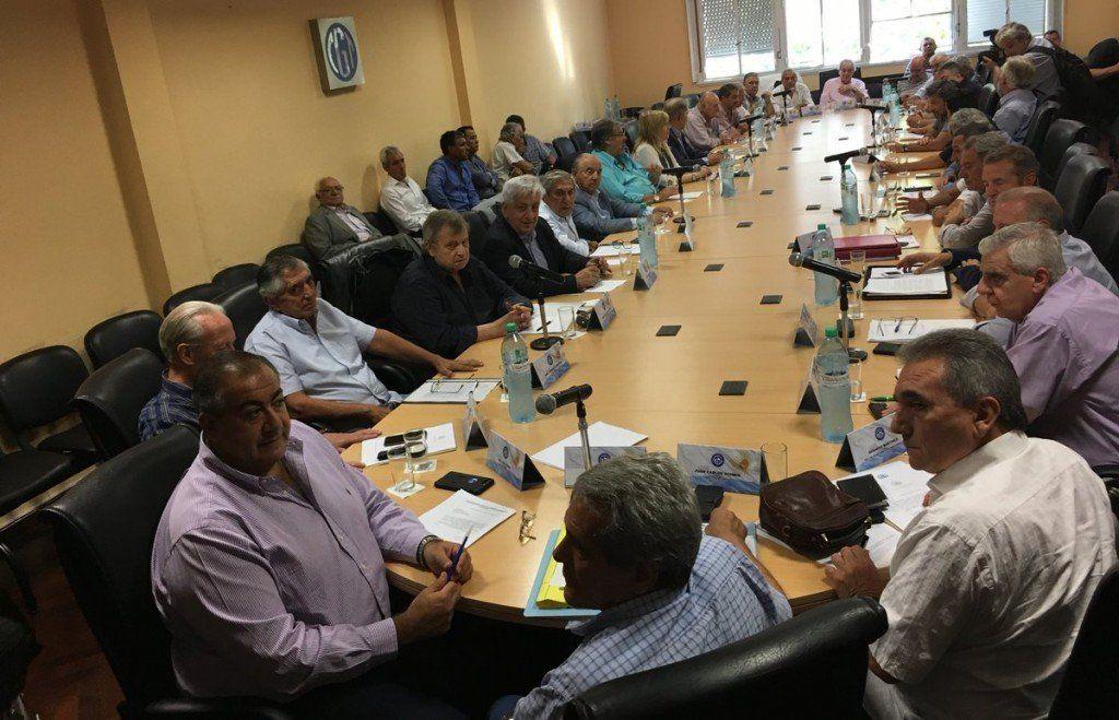 La CGT afronta una reunión clave para desactivar o no la convocatoria al paro