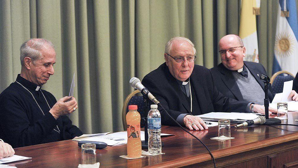 La Iglesia acordó el reemplazo gradual de los aportes del Estado