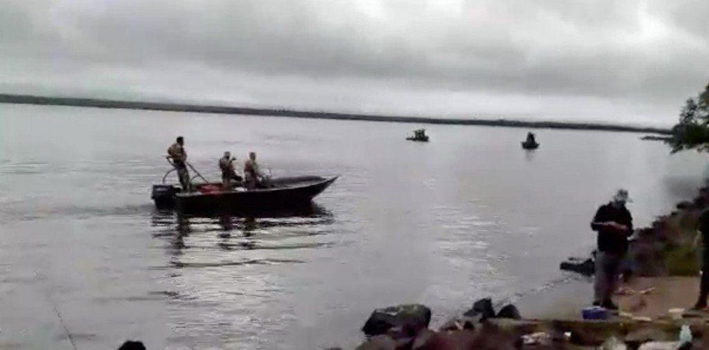 El canciller argentino visitó la zona del conflicto entre pescadores argentinos y autoridades de Paraguay