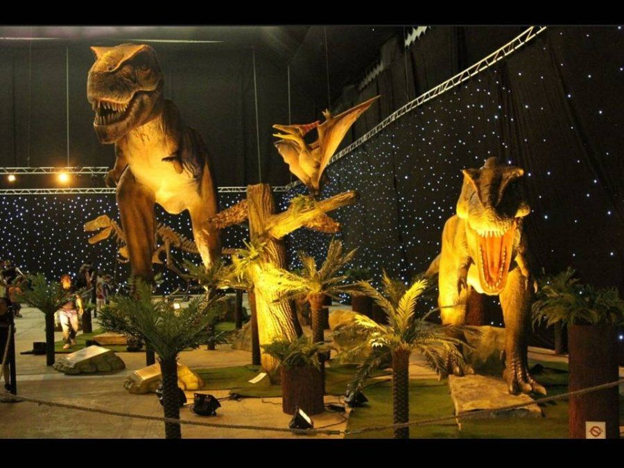 ¡Los dinosaurios animatrónicos robotizados llegan a Tucumán!