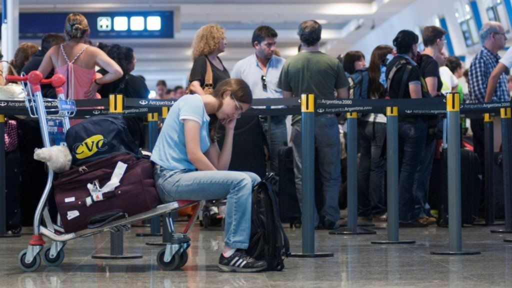 Se paraliza la aviación en todo el país por una nueva asamblea