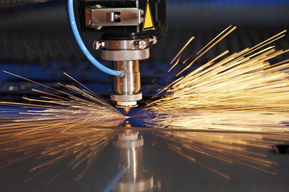 Sólo dos sectores crecieron en el tercer trimestre ante una nueva caída de la industria