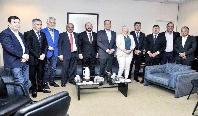 Manzur participará de la reunión de gobernadores y dirigentes del PJ en Buenos Aires