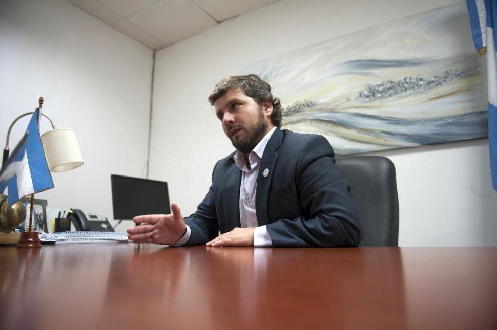 El intendente de Yerba Buena quiere que la Guardia municipal esté armada