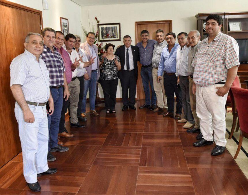 Jaldo se reunió con delegados comunales del departamento Leales