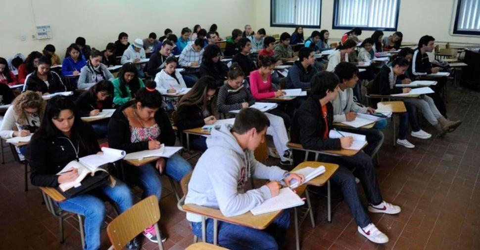 Medicina defiende el exámen de ingreso para cursar la carrera