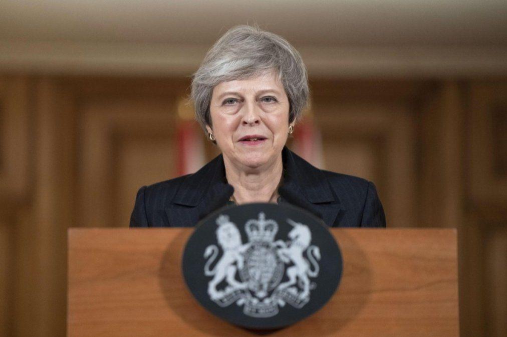 Theresa May viajará a la Argentina para la cumbre del G20 y se reunirá con Macri
