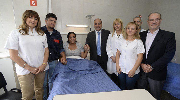 Manzur destacó la intervención intraútero realizada en la Maternidad