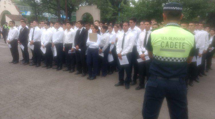 Ingreso a la Escuela de Policía: 1100 aspirantes inscriptos