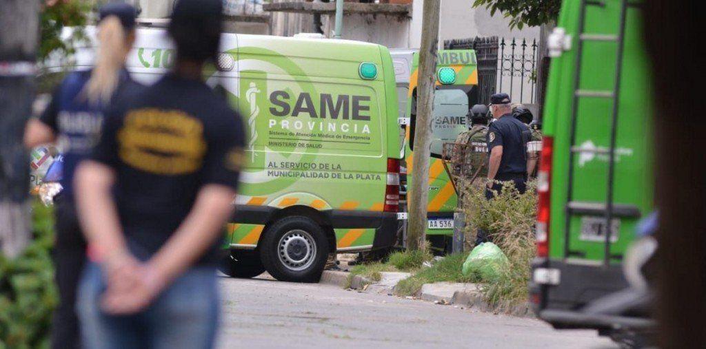 Un hombre mató a su hijastro, baleó a su mujer y se suicidó luego de 8 horas atrincherado