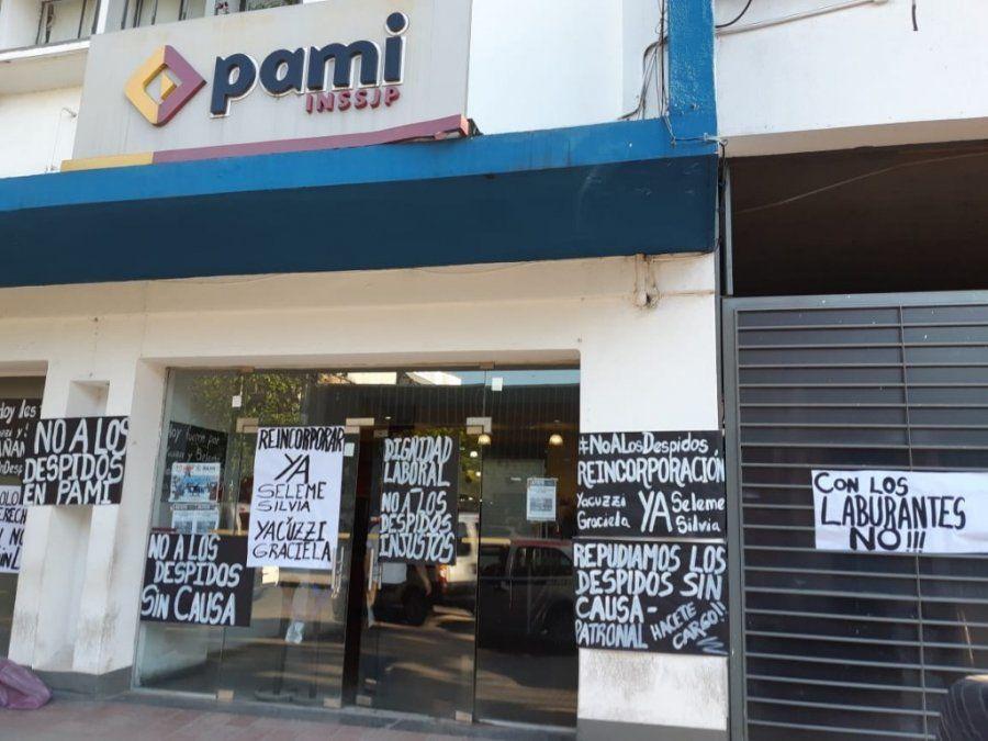 Trabajadores del PAMI continúan con las asambleas por despidos