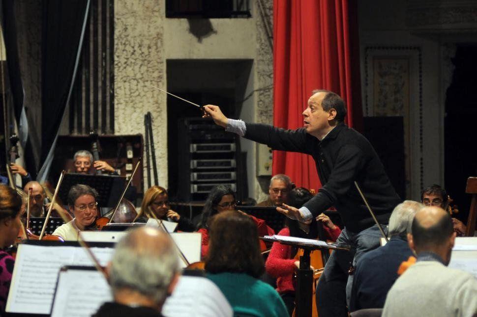 La Orquesta Sinfónica de la UNT cierra el año con Queen Sinfónico