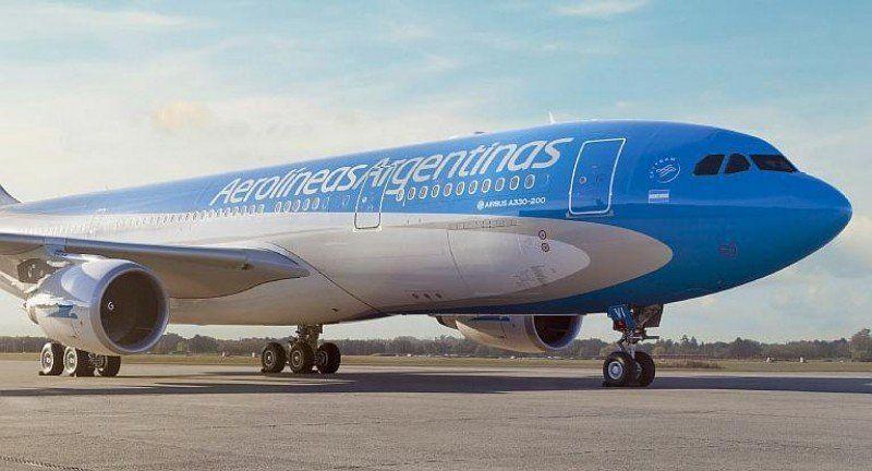 Una baja en la demanda revivió el conflicto entre Aerolíneas y los sindicatos