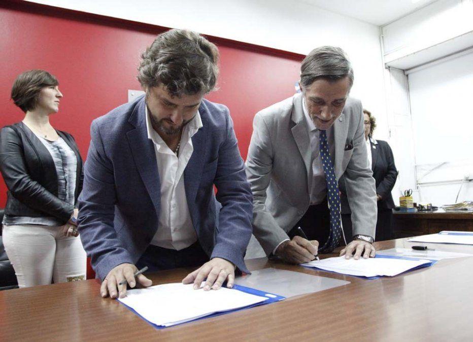 Firmaron un acta acuerdo para el estudio del cannabis con fines medicinales