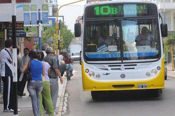 AETAT apura a los concejales y al municipio para aumentar el precio del boleto