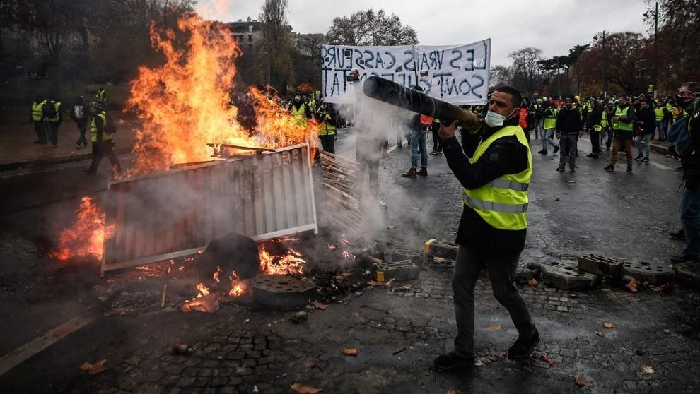 Francia se prepara para otro sábado de protestas y posibles incidentes