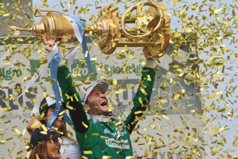 Agustín Canapino se consagró campeón del Turismo Carretera