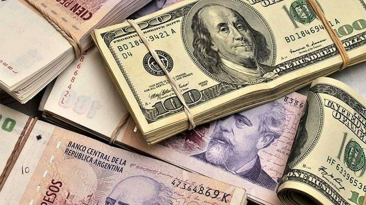 Advierten que el dólar podría cerrar el año próximo en torno a $ 51,5