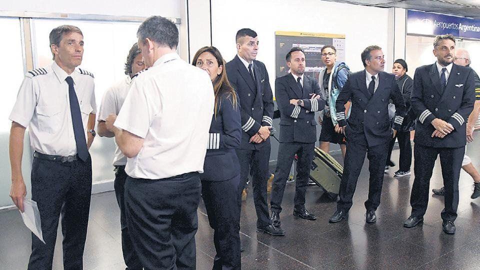 ANAC dio marcha atrás en una resolución para evitar un nuevo paro de pilotos