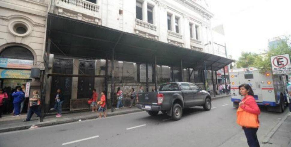 Patrimonio de la provincia convocó a una reunión para analizar la situación del ex Banco Francés