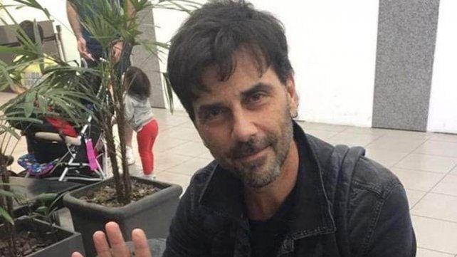 En medio del escándalo mediático que sacude al país, Juan Darthes se fue a Brasil