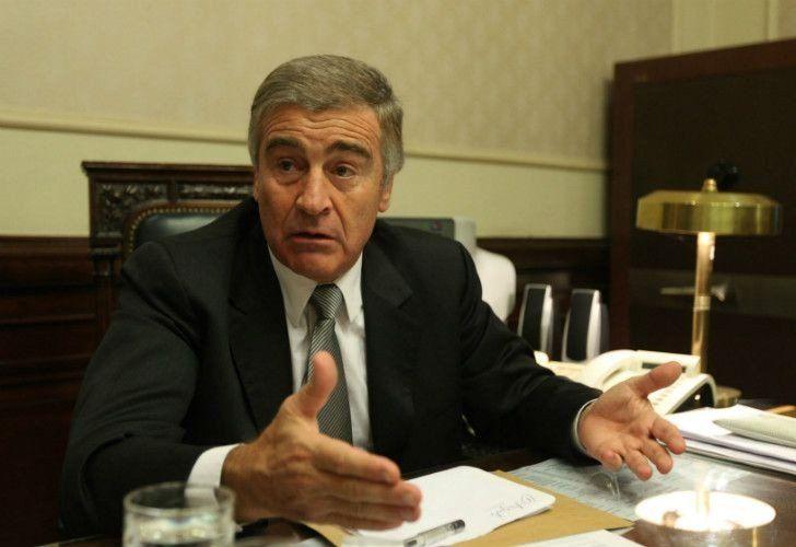 Citarán a indagatoria al ministro Aguad por la causa Correo Argentino