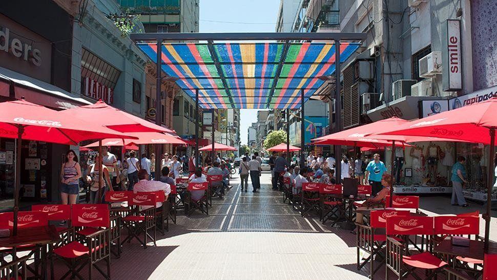 Puja entre comerciantes y sindicales por la apertura de locales este domingo