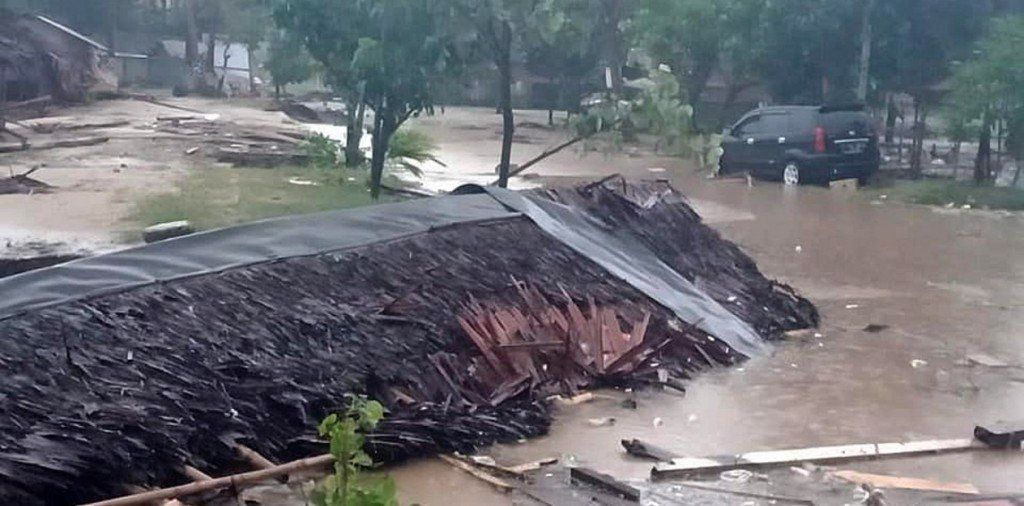 Tsunami en Indonesia: al menos 222 muertos y 843 heridos