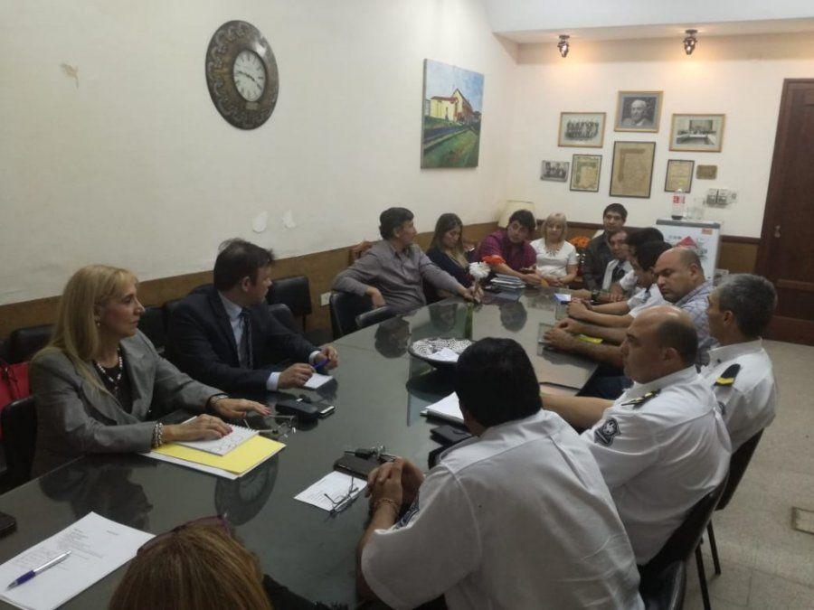 Reunión de fiscales con comerciantes de Monteros