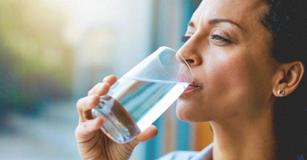 ¿Estás bebiendo la cantidad suficiente de agua?