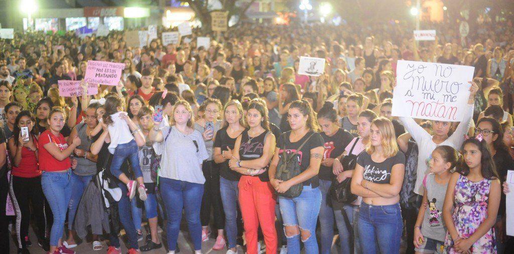 Santa Fe: Se movilizaron para pedir Justicia por el femicidio de Agustina