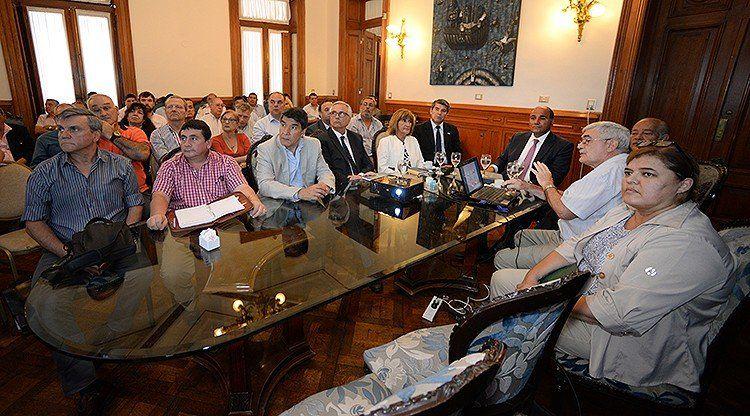 Minetti brindó un informe meteorológico ante el Comité de Emergencia