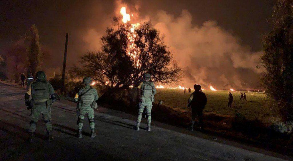 Una explosión en un ducto de México deja 66 muertos