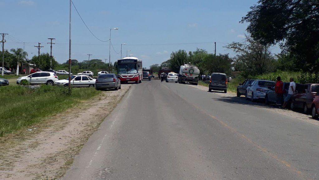 Los vecinos de Santa Rosa de Leales volvieron a cortar la ruta 322 exigiendo obras