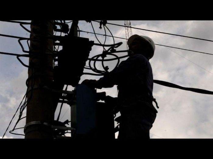 Usuarios de cuatro localidades se verán afectados por los cortes de luz programados