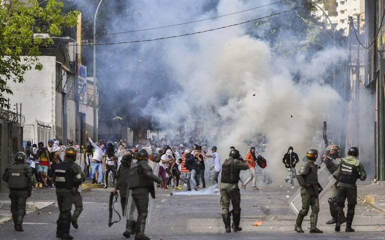 Aseguran que ya hay al menos 26 muertos tras la oleada de protestas contra Maduro