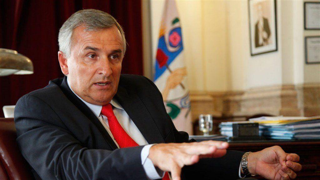 El gobernador jujeño pretende cobrar la atención médica a extranjeros