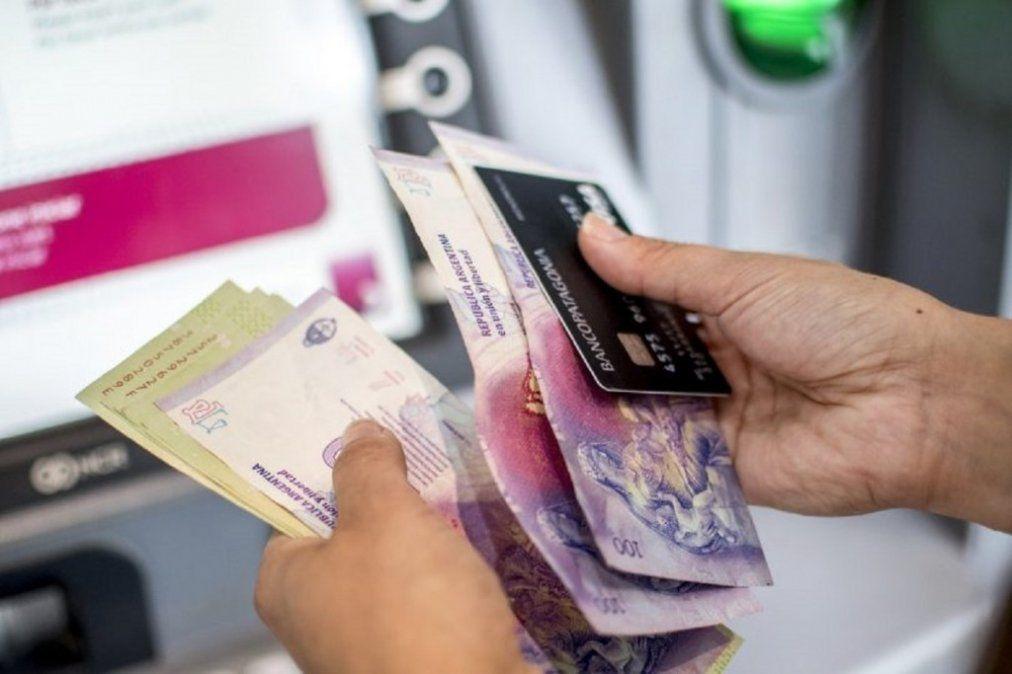 Los salarios perdieron 17 puntos frente a la inflación hasta noviembre