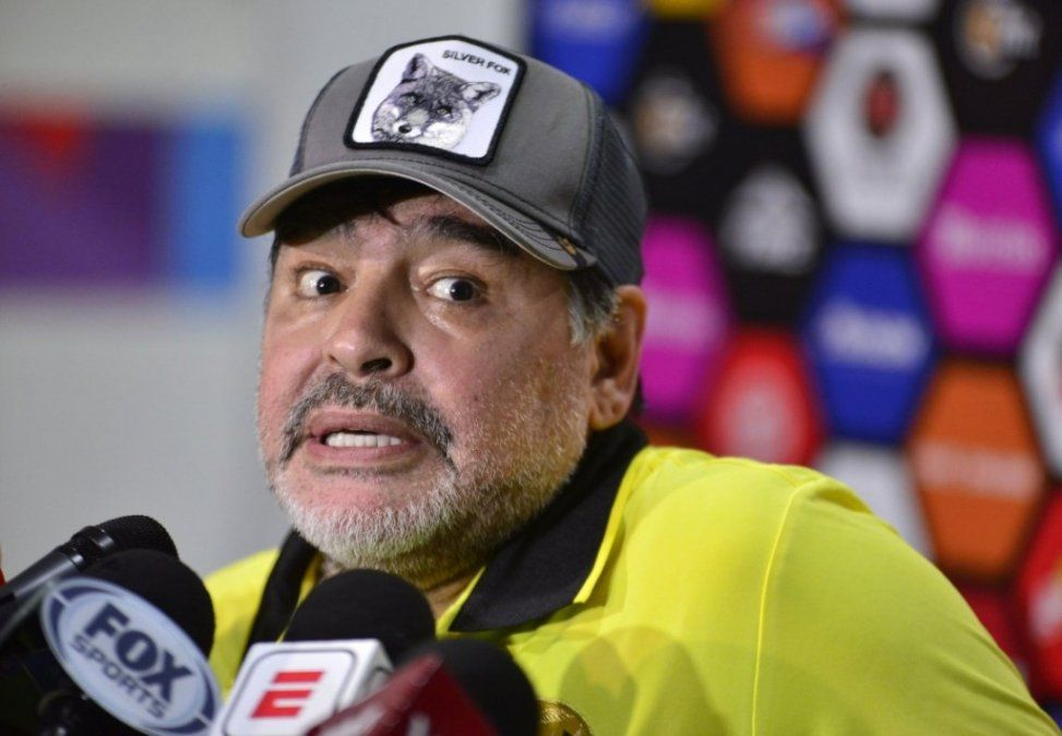 Diego Maradona se tapará el tatuaje dedicado a Rocio Oliva