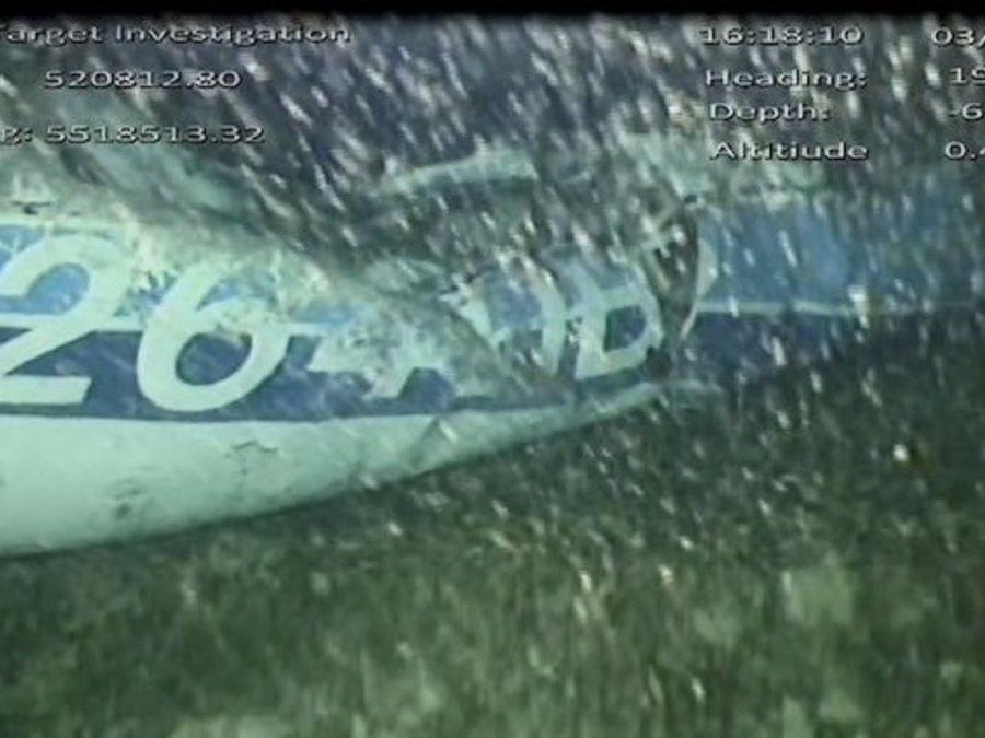 Pudieron sacar con éxito el cuerpo del avión en el que viajaba Emiliano Sala