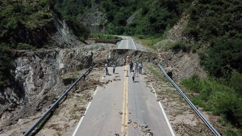 El derrumbe de la quebrada de La Cébila destruyó la ruta que la atraviesa