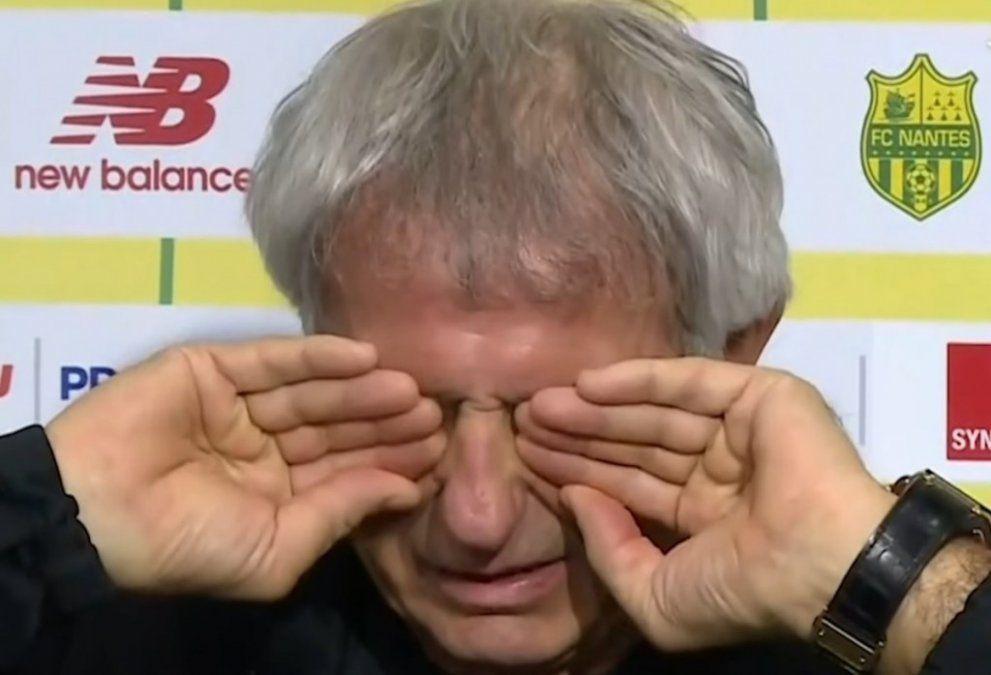 El técnico del Nantes rompió en llanto tras confirmarse la muerte del jugador