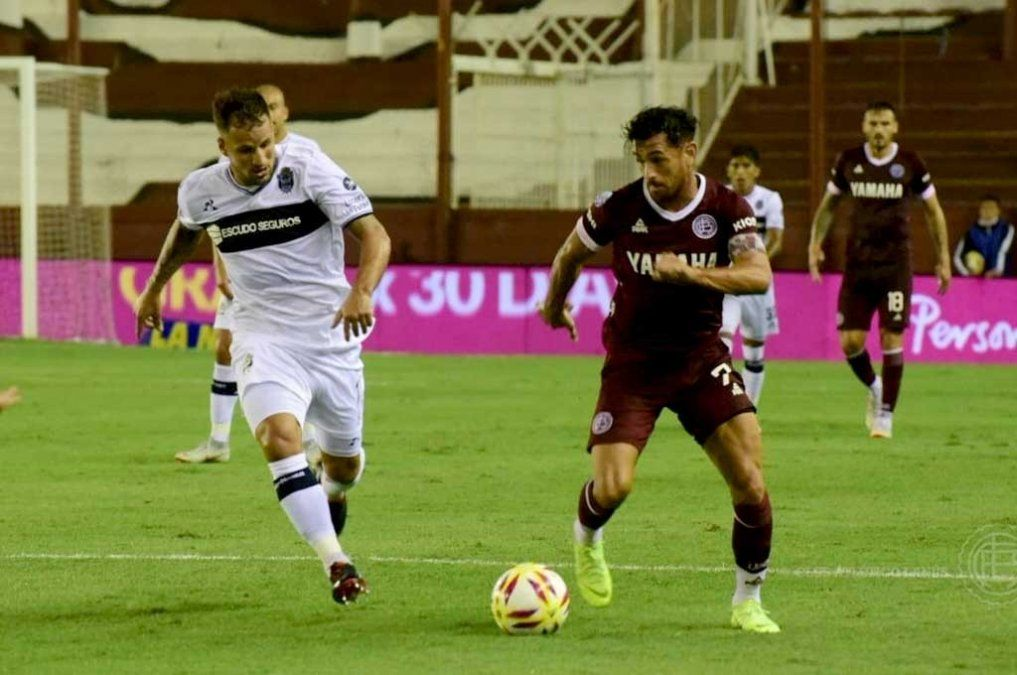 Un ex Atlético marcó para el triunfo de Lanus