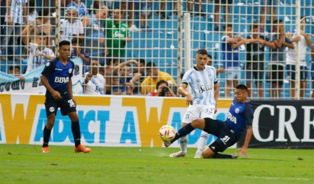 Superliga: Atlético y Talleres empataron 0 a 0 en el Monumental