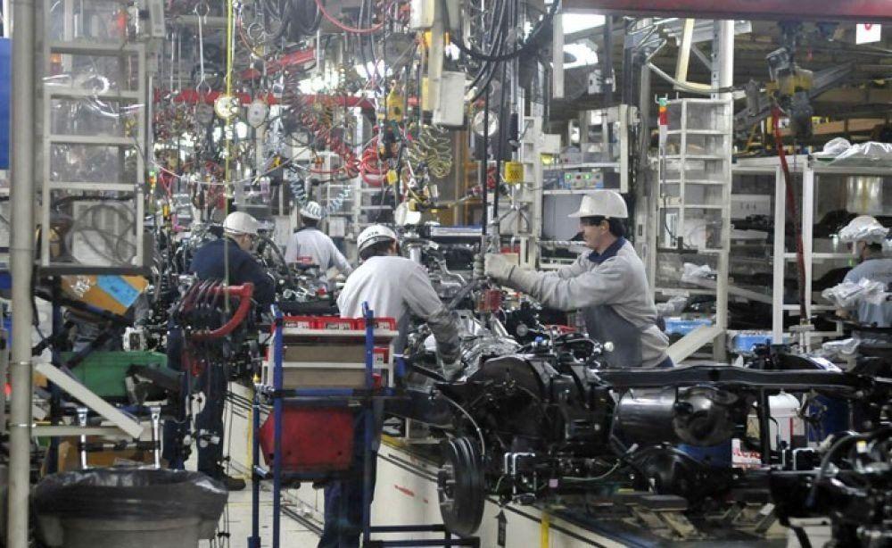 Advierten que desde el año 2015 hay una destrucción permanente del empleo