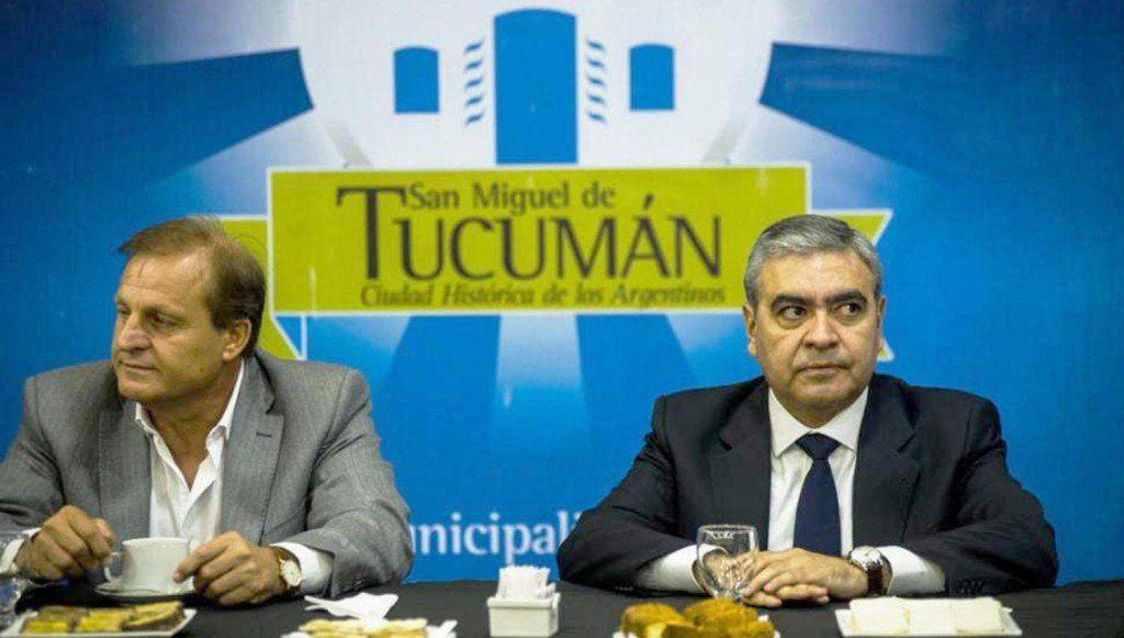 Alfaro insiste con quitar concesiones a empresas que no presten servicio
